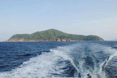 【★はたの夏休み★】透明な海と島ごはんを楽しむ「鵜来島の休日」